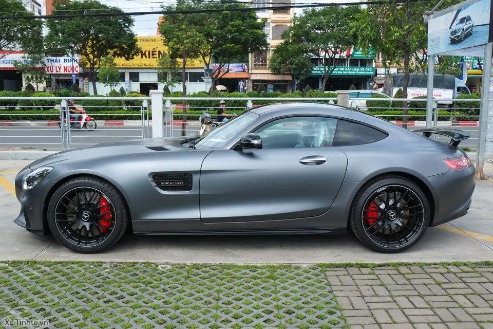 Mercedes_GT_S-7048.jpg