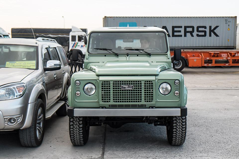 Land Rover Defender Heritage Edition_tinhte.vn-1491.jpg