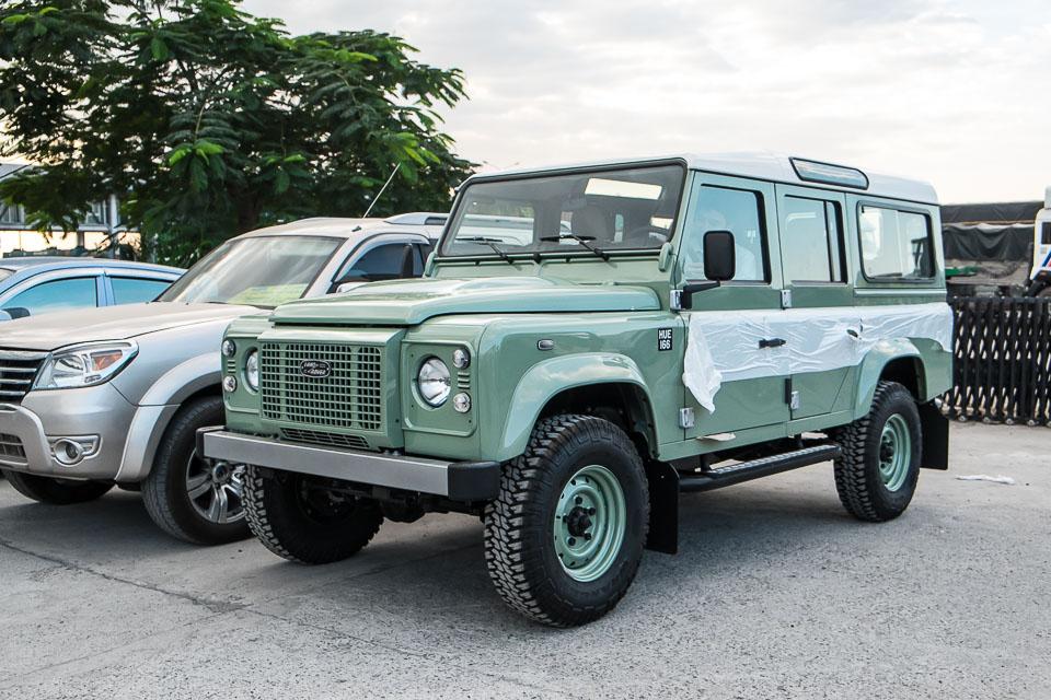 Land Rover Defender Heritage Edition_tinhte.vn-1492.jpg