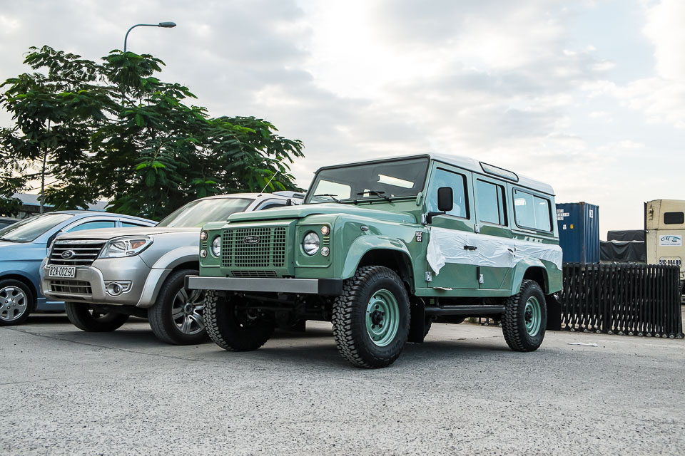 Land Rover Defender Heritage Edition_tinhte.vn-1495.jpg