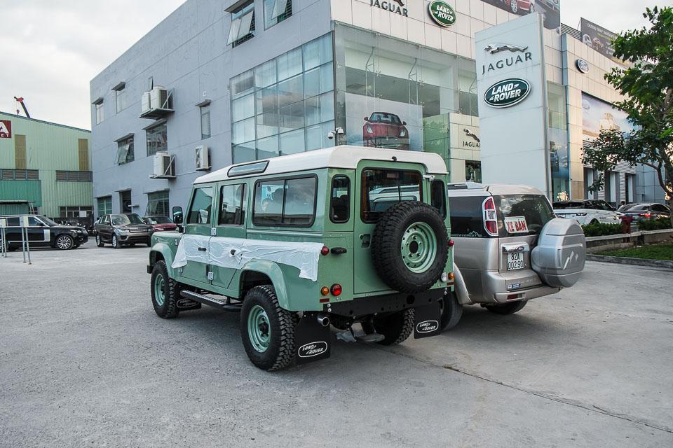Land Rover Defender Heritage Edition_tinhte.vn-1514.jpg