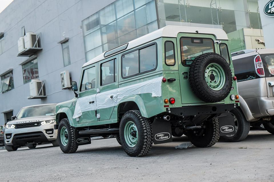 Land Rover Defender Heritage Edition_tinhte.vn-1519.jpg