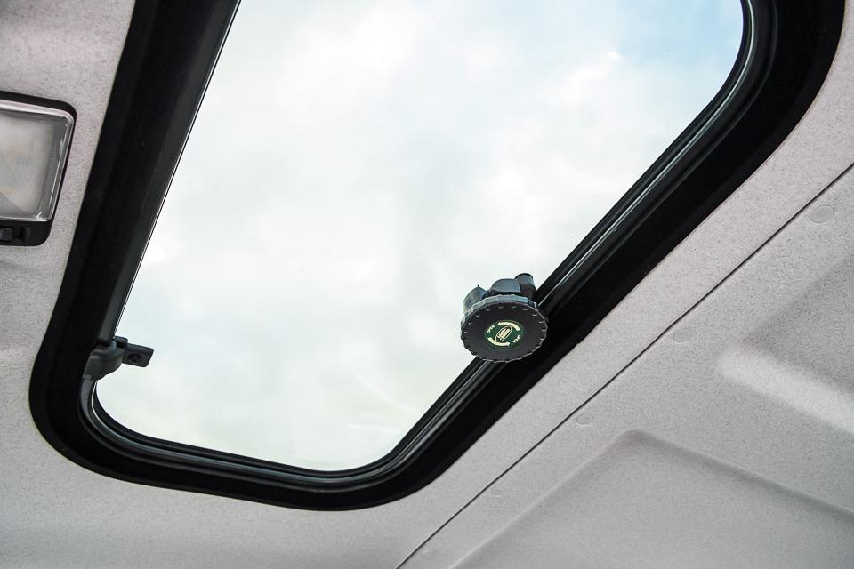 Land Rover Defender Heritage Edition_tinhte.vn-1542.jpg