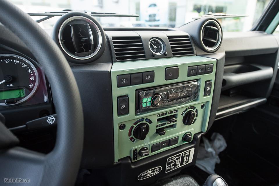 Land Rover Defender Heritage Edition_tinhte.vn-2030.jpg