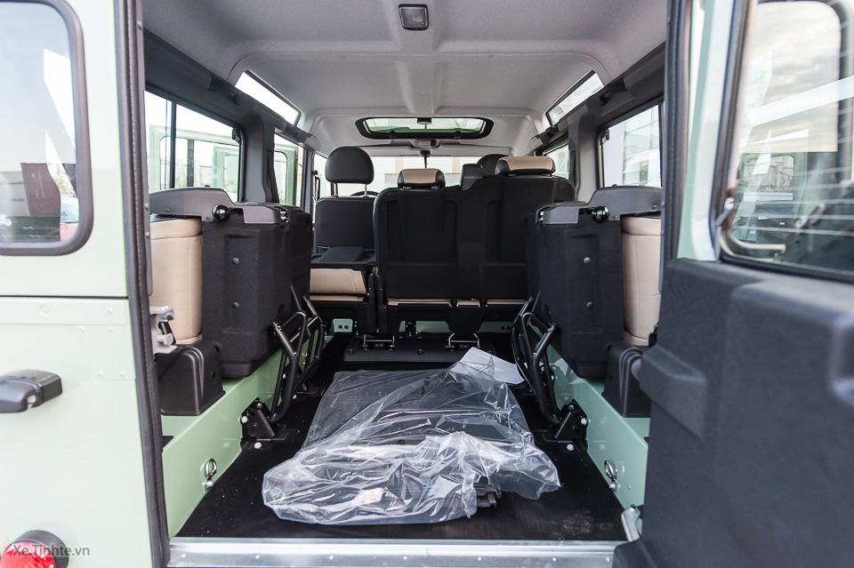 Land Rover Defender Heritage Edition_tinhte.vn-2041.jpg