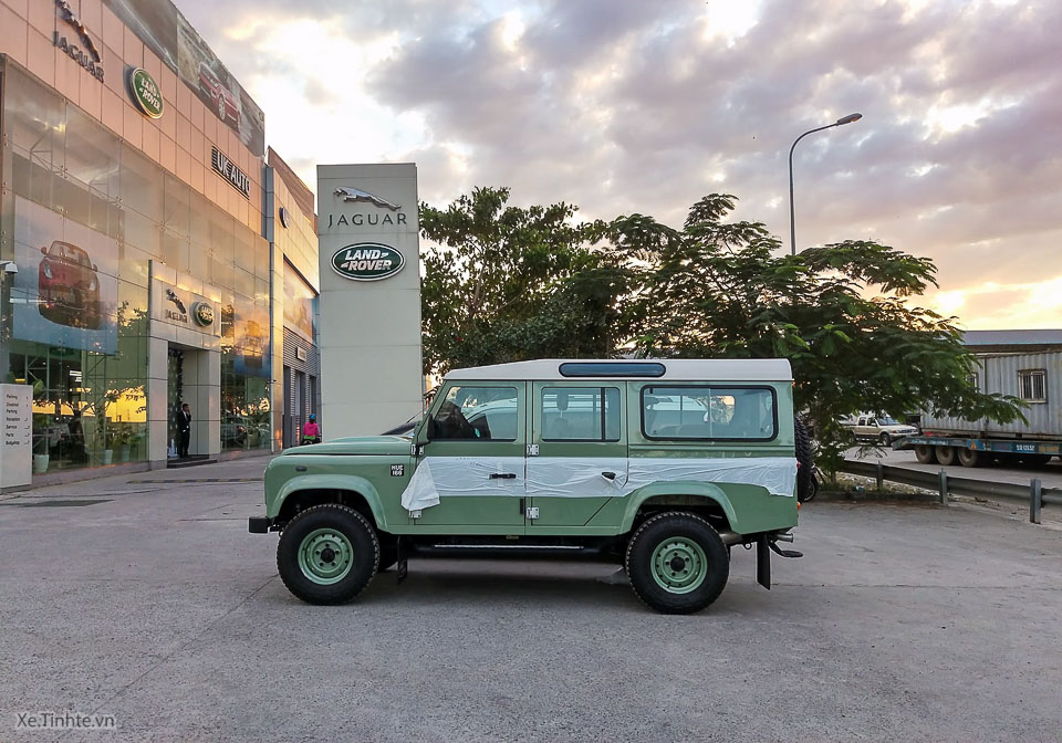 Land Rover Defender Heritage Edition_tinhte.vn-2400.jpg
