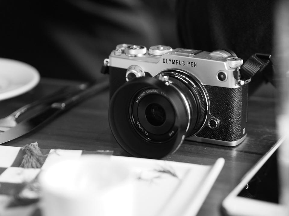 Camera Tinh Te_Olympus Pen-F_P1250200.jpg