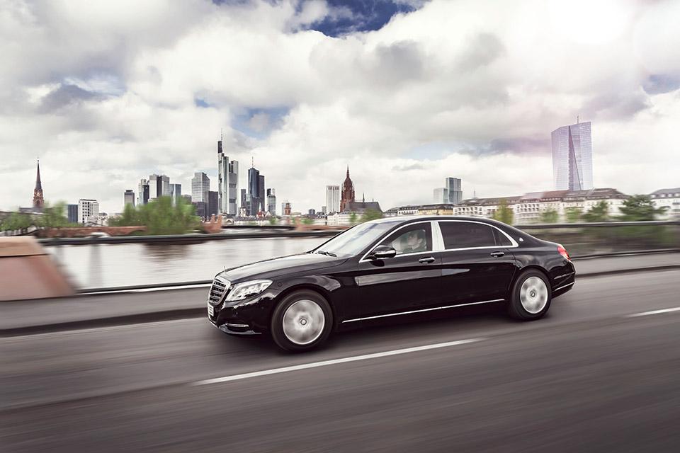 Mercedes-Maybach_S_600_Guard_tinhte_1.jpg
