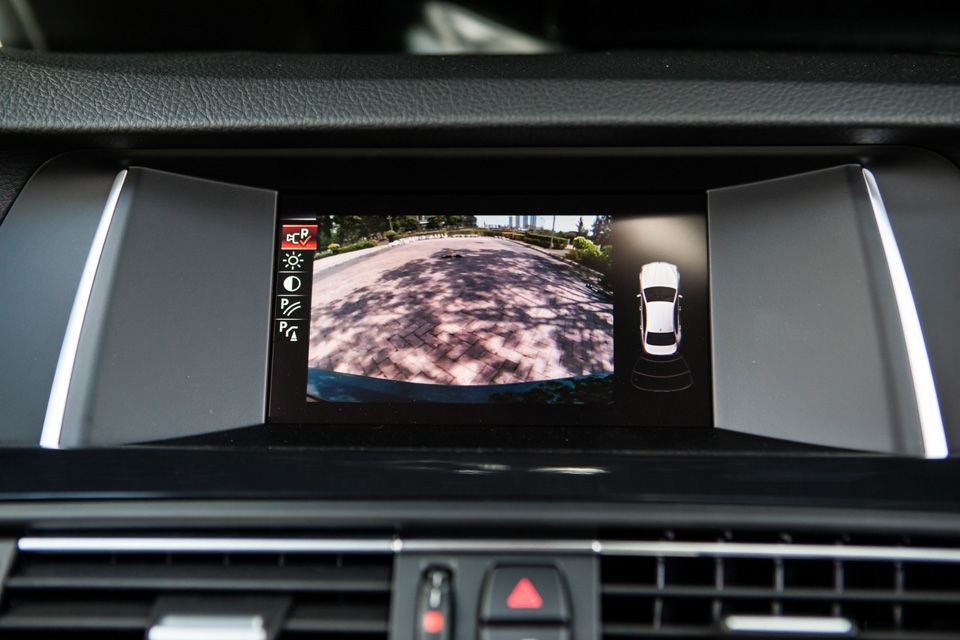 BMW-520i-Special-Edition-5.jpg