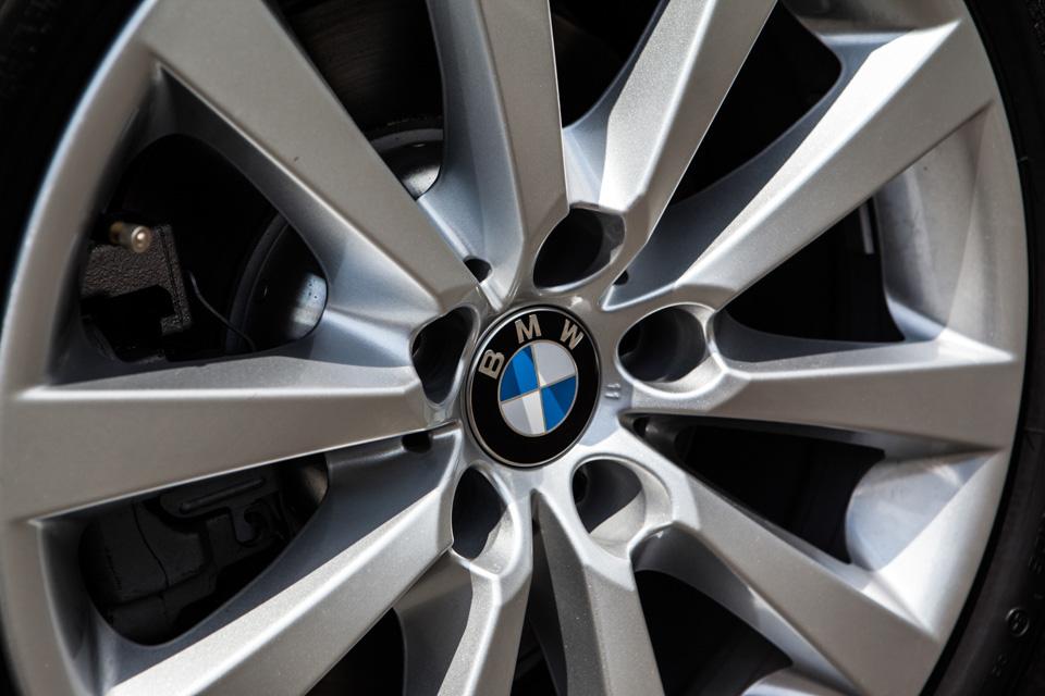 BMW-520i-Special-Edition-3.jpg