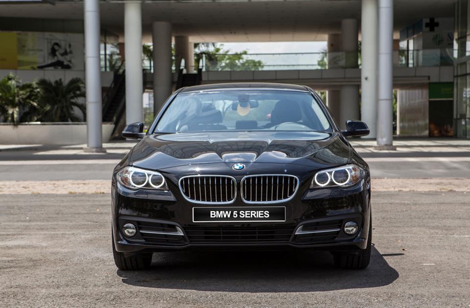 BMW-520i-Special-Edition-1.jpg