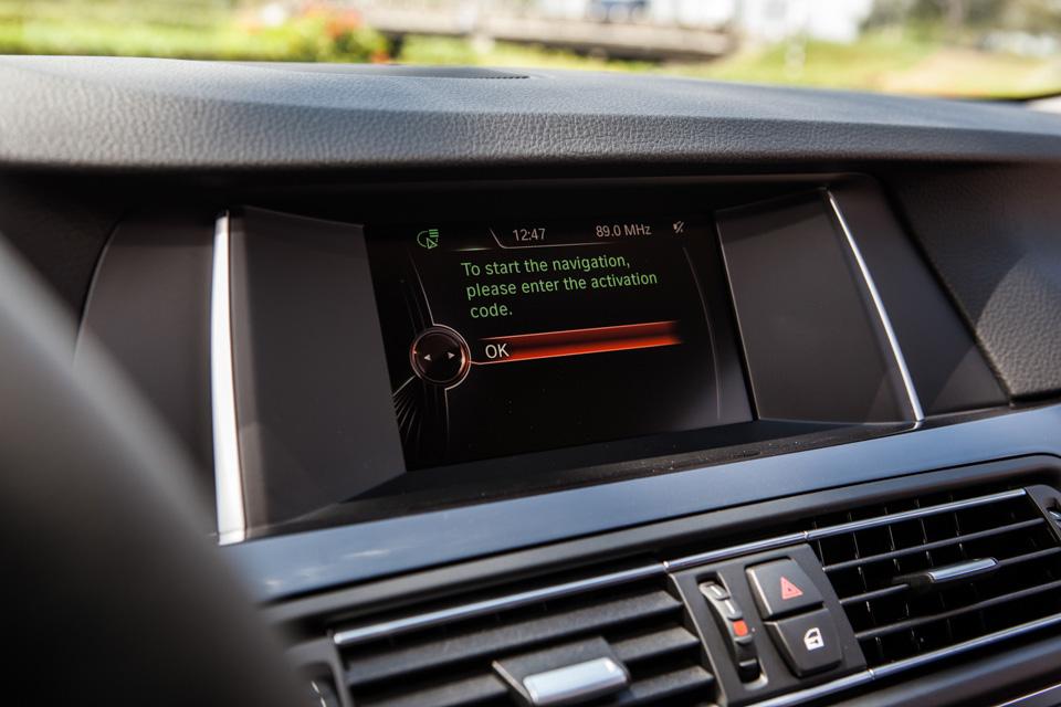 BMW-520i-Special-Edition-9.jpg