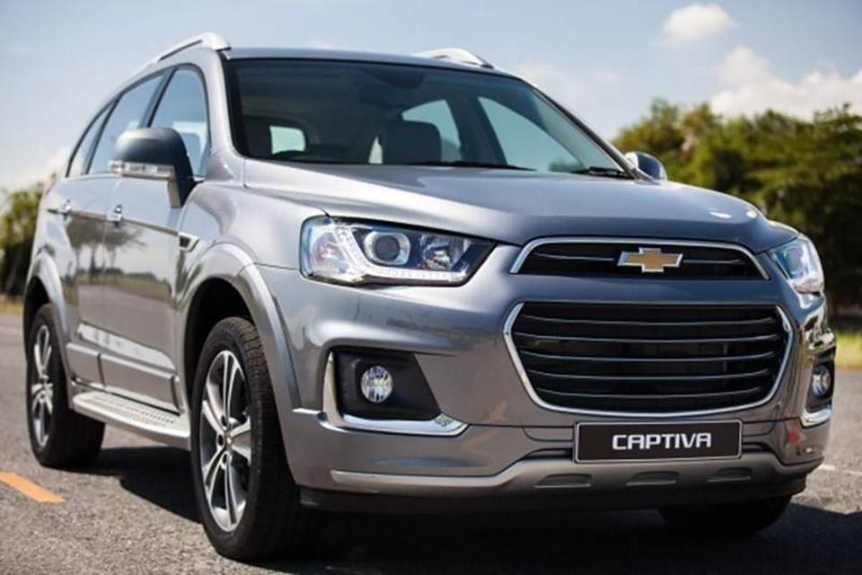 Chevrolet_Captiva_Revv_2016_tinhte_3.jpg