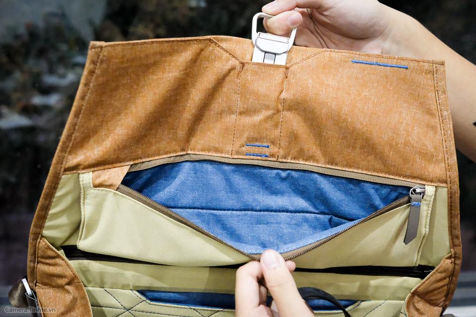 Tren tay Peak Design Everyday Messenger Bag-6.jpg
