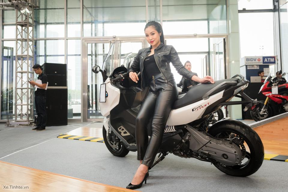 Xe.Tinhte.vn-BMW-World-Vietnam-2016-26.jpg