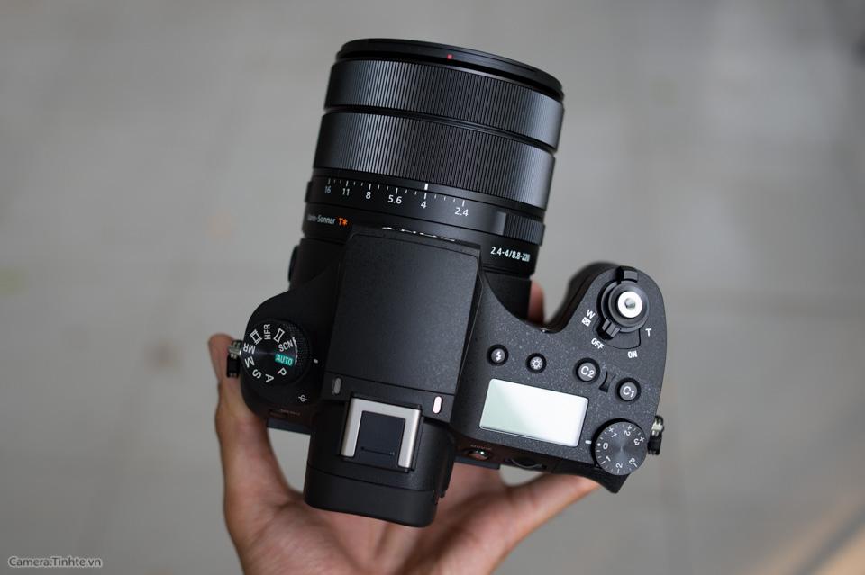 Sony_Cyber-shot_RX10_III_tinhte_5.jpg