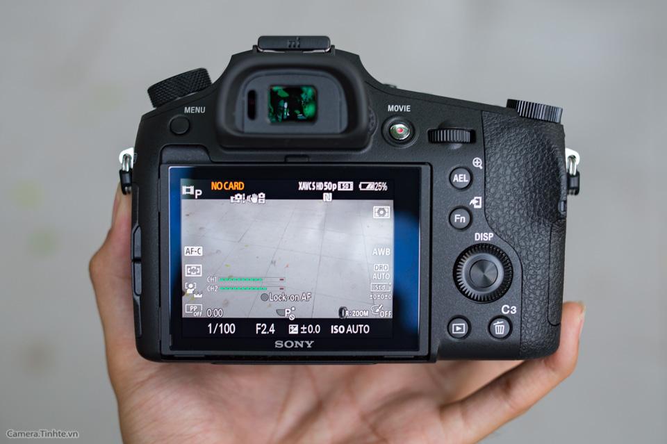 Sony_Cyber-shot_RX10_III_tinhte_9.jpg