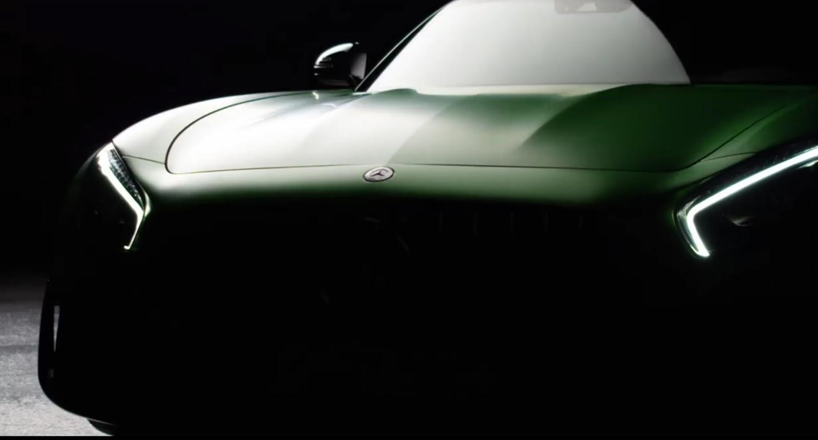 Mercedes-AMG-GT-R-1.jpg