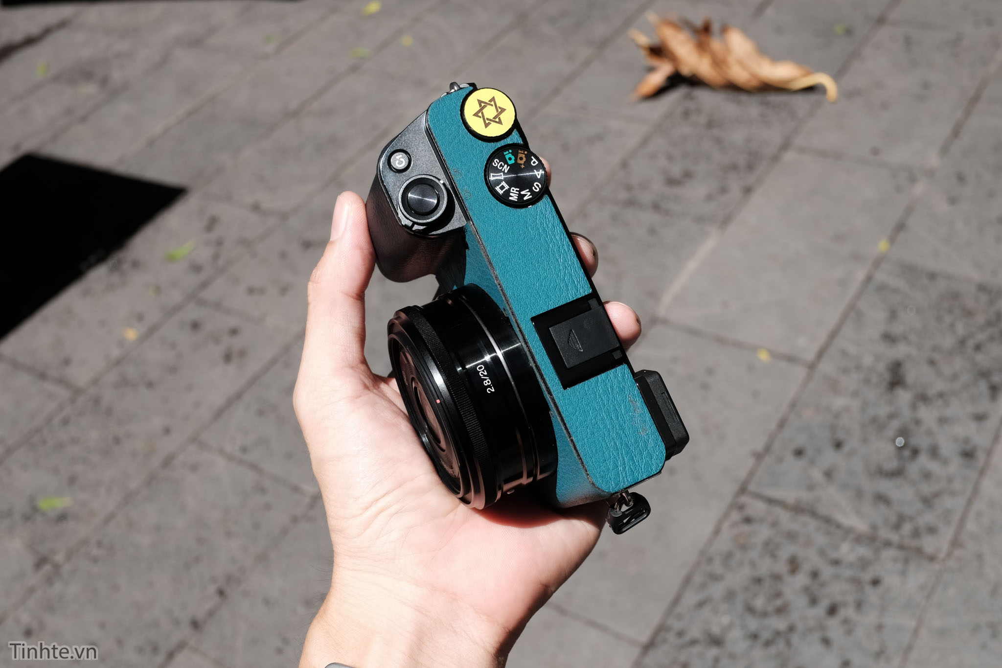 Sony-SEL-20mm-F2.8-Tinhte-11.jpg