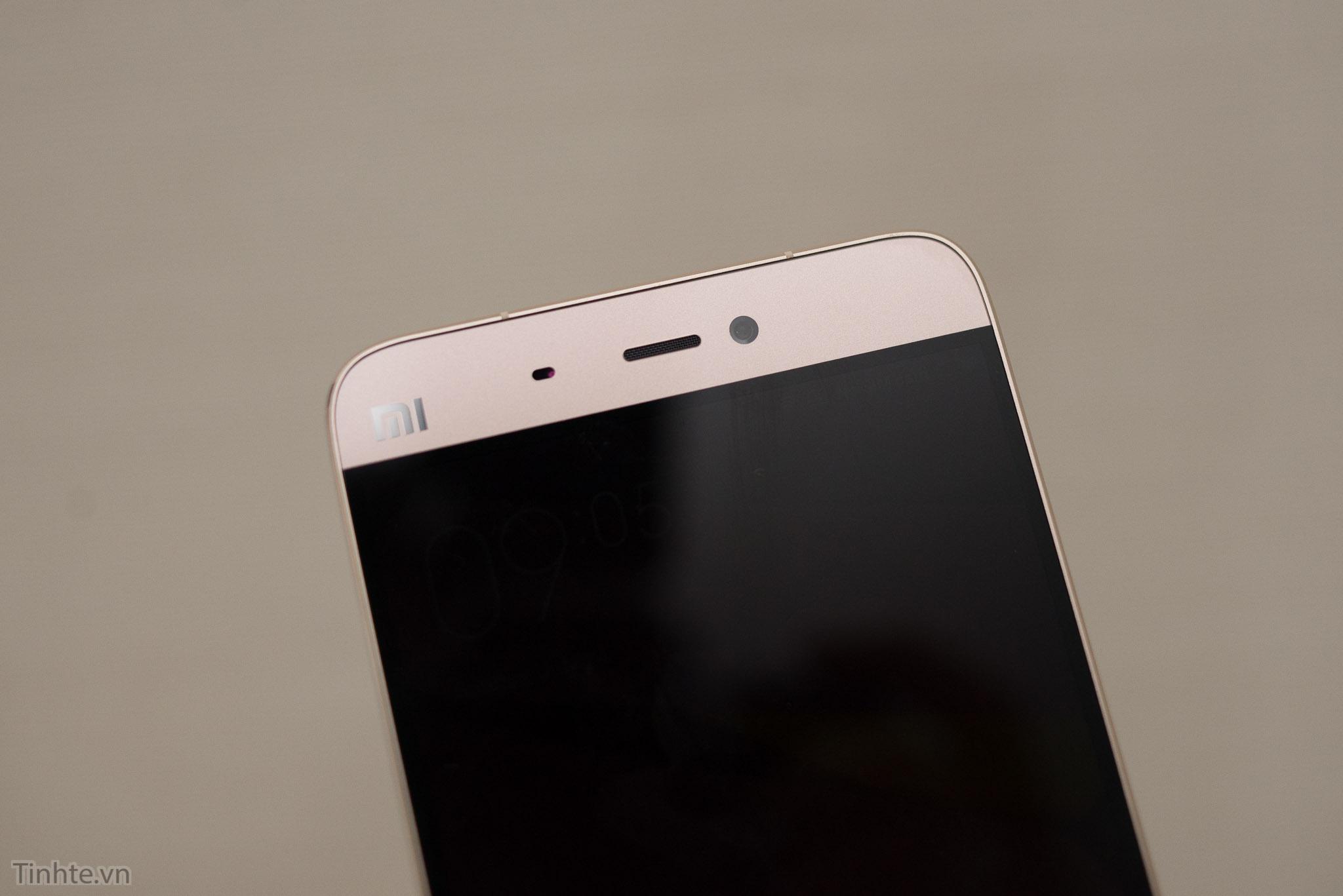 Xiaomi_Mi5_chinh_hang_tren_tay_tinhte.vn-4.jpg