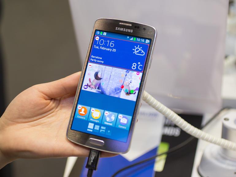 Tizen_Samsung_phone.jpeg