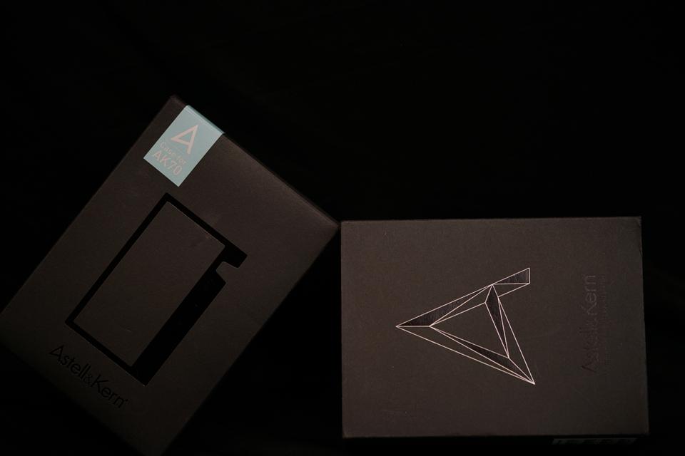 monospace-astell&kern-ak70-6.JPG
