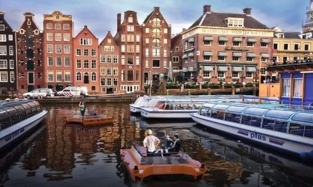 Tau_tu_lai_Amsterdam_2.jpg