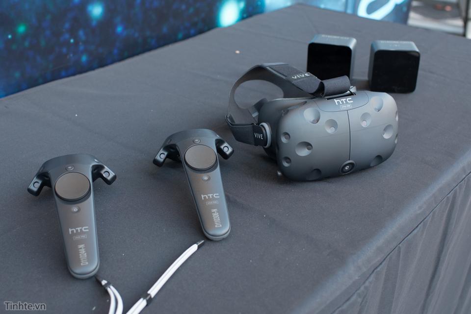 HTC_Vive_Pre.jpg