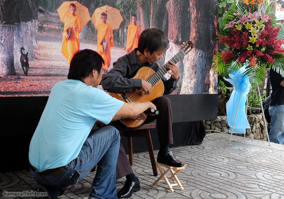 Camera.Tinhte_Trien Lam Khoanh khac Cuoc Song_DSCF0134.jpg