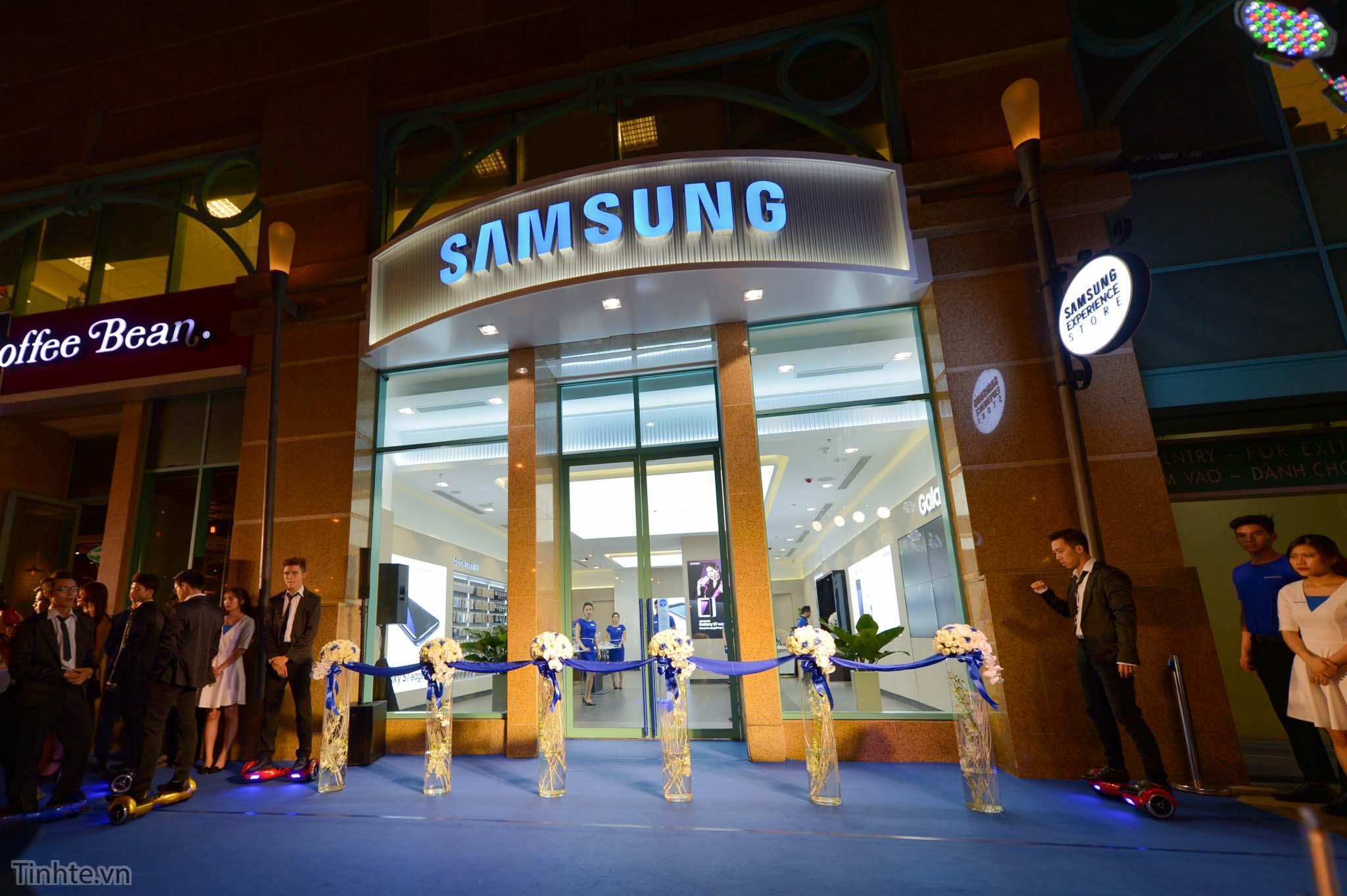 Samsung_Experience_Store_Mai_Nguyen_1.jpg