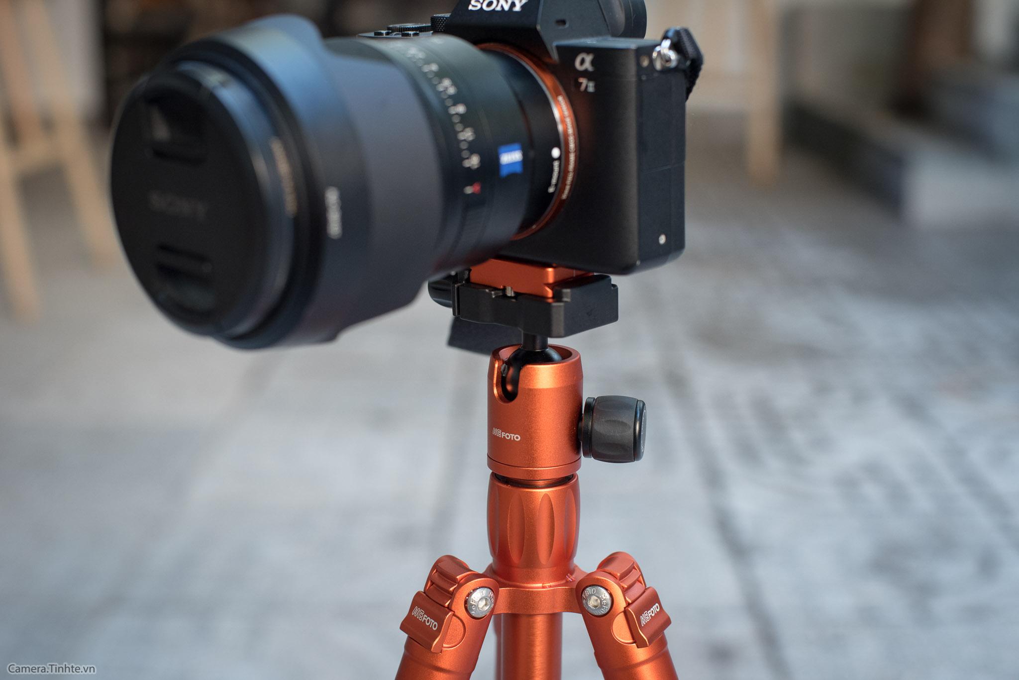 Tren tay tripod Mefoto Backpacker AIR - Camera.tinhte.vn-17.jpg