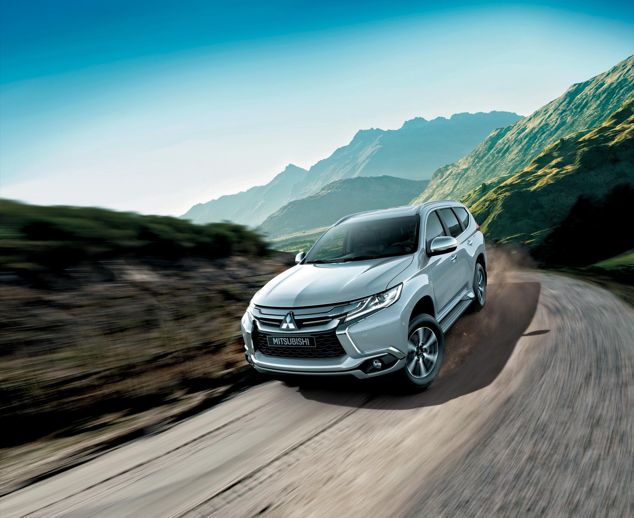 Xe.Tinhte.vn-Mitsubishi-Pajero-Sport-2017-2.jpg