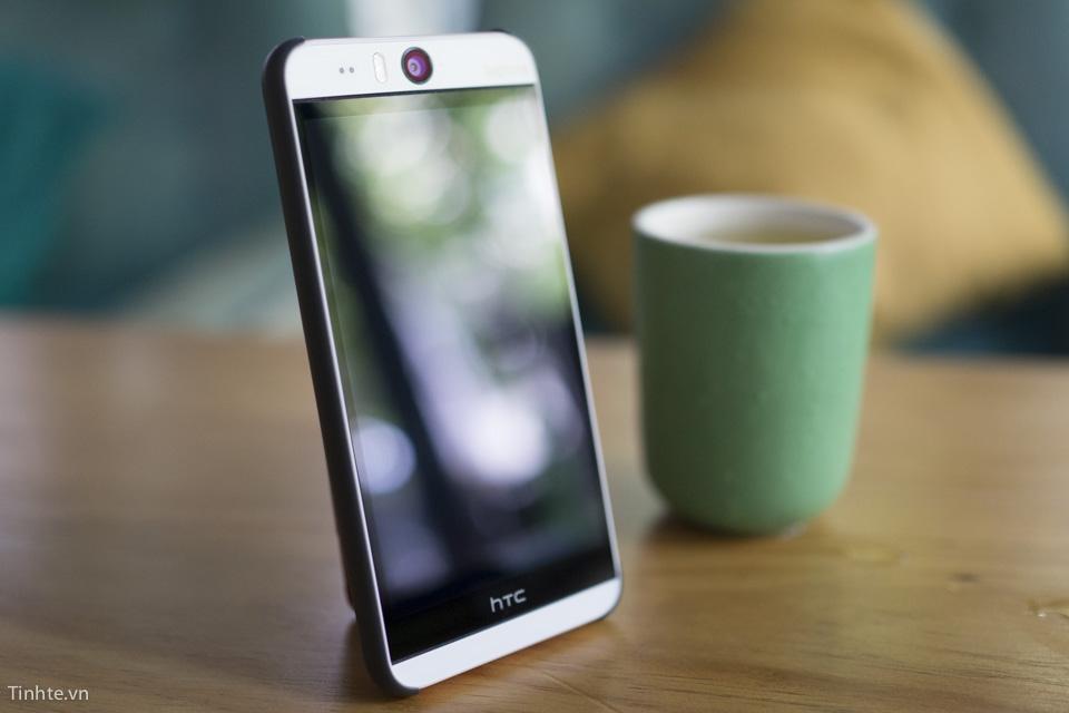 Chat_HTC_trai_nghiem_HTC_Desire_10_Pro_7.jpg