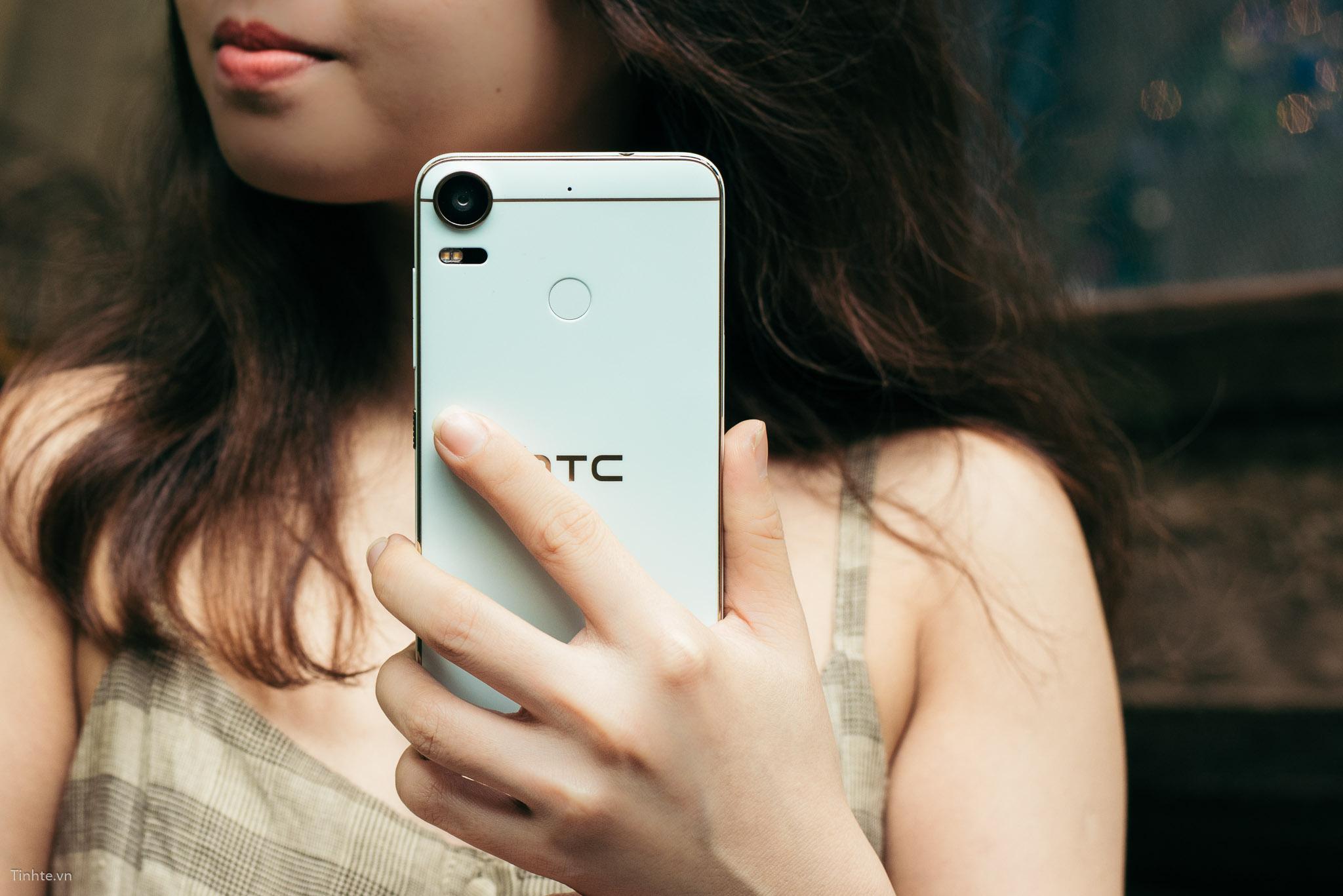 tinhte_HTC_Desire_10_Pro_Blue_Coral_ (17).jpg
