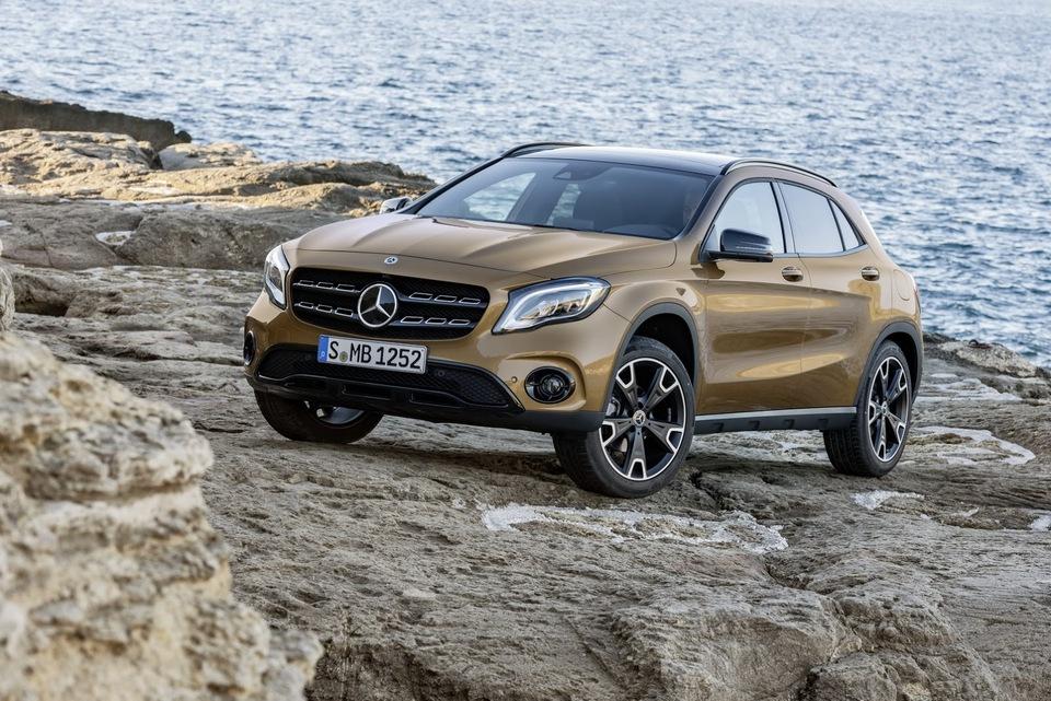 2017-Mercedes-GLA-55.jpg