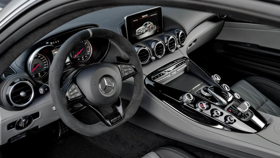 Mercedes-AMG_GT_2018_20.jpg