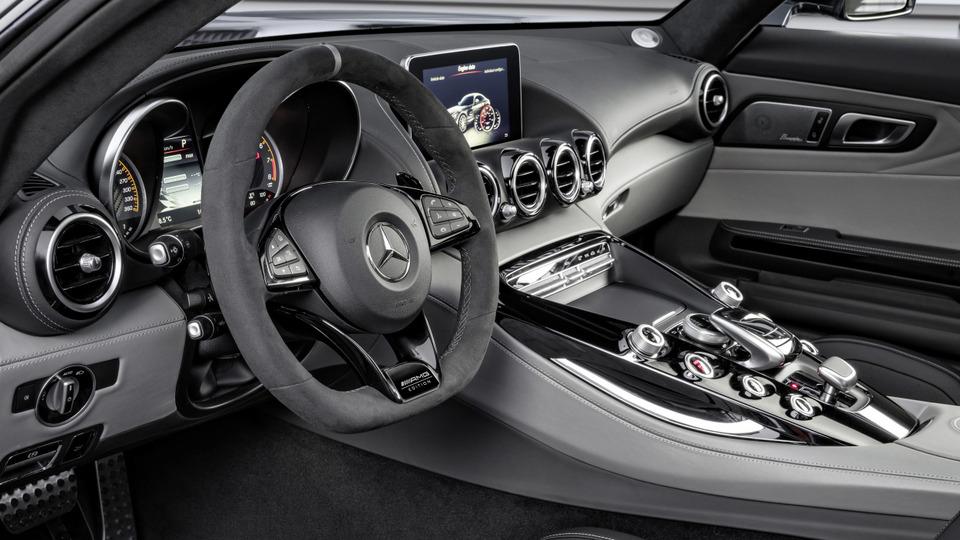 Mercedes-AMG_GT_2018_21.jpg
