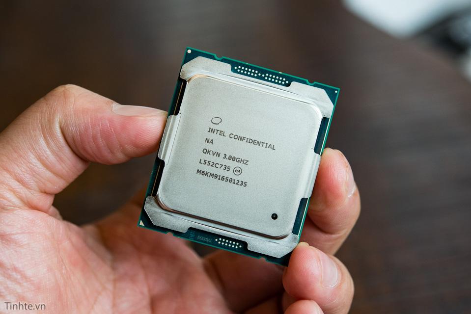 Intel 6950X_tinhte.vn.jpg