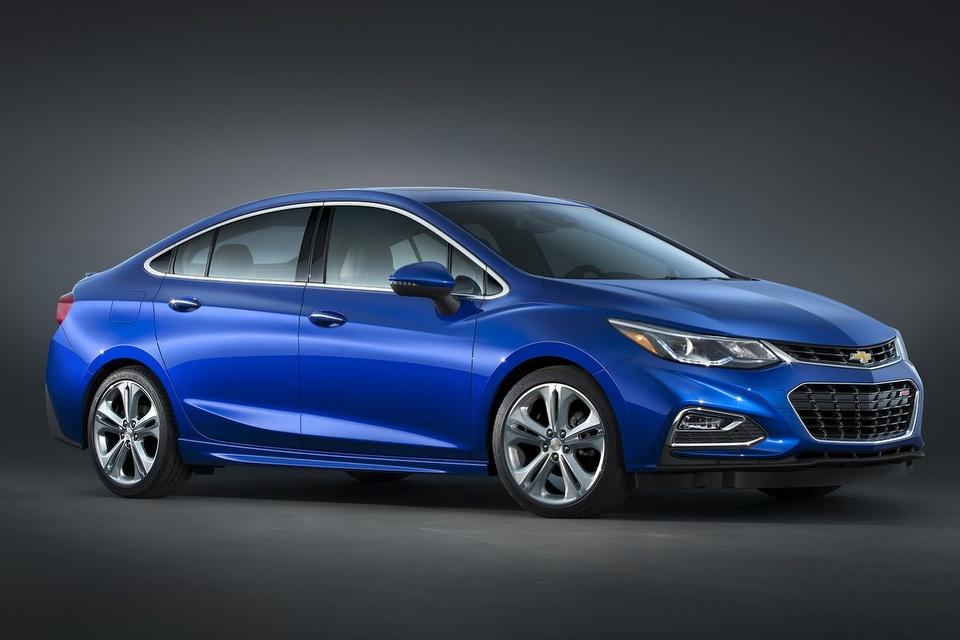 2017-Chevrolet-Cruze-Diesel-1.jpg