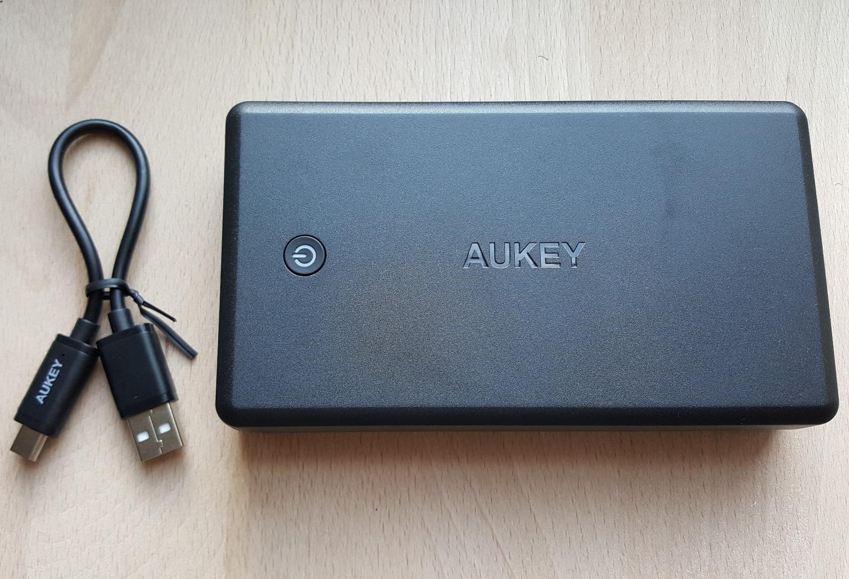 pin aukey 30000.jpg