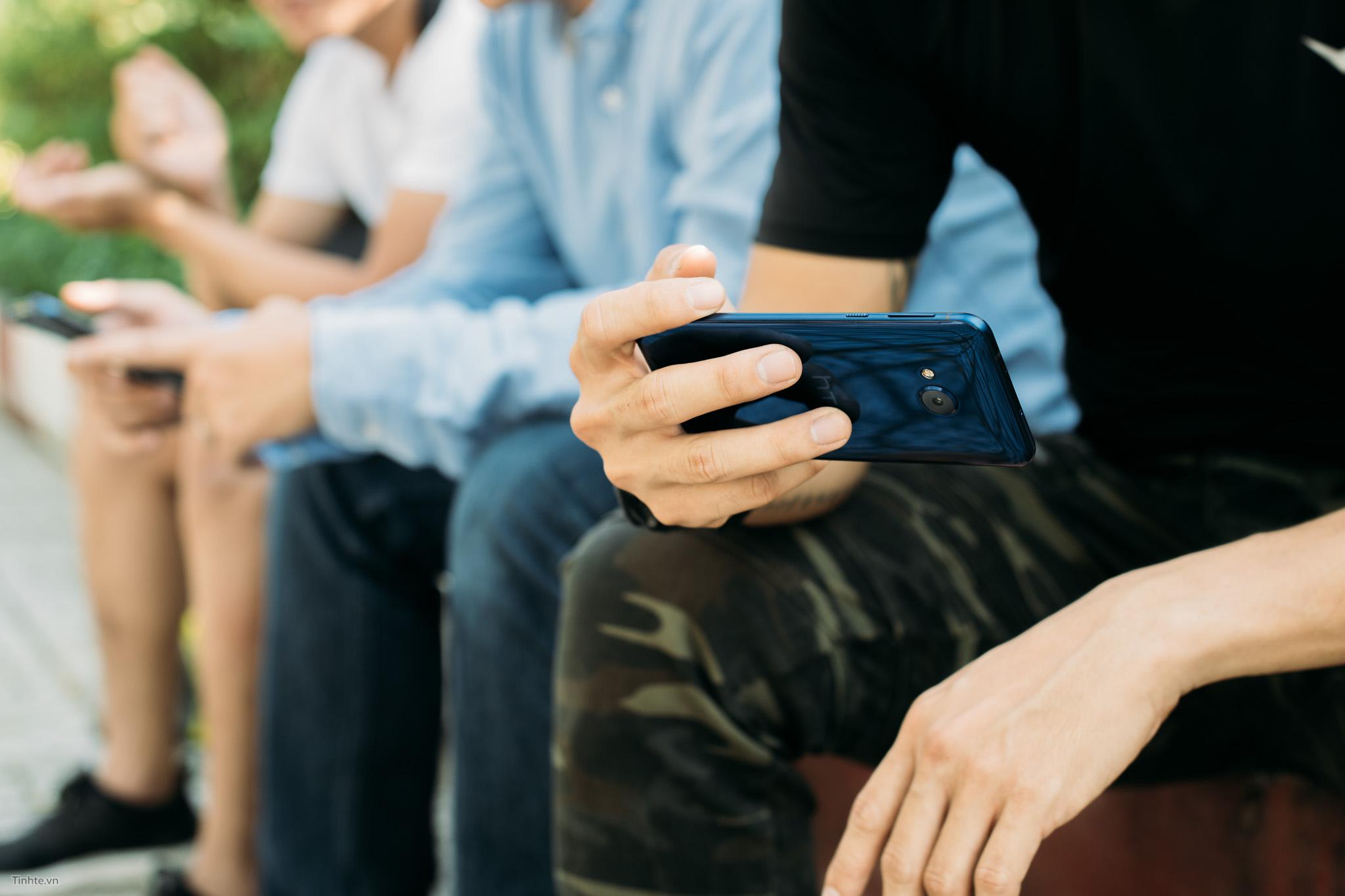 tinhte_HTC_U_Play_14.jpg