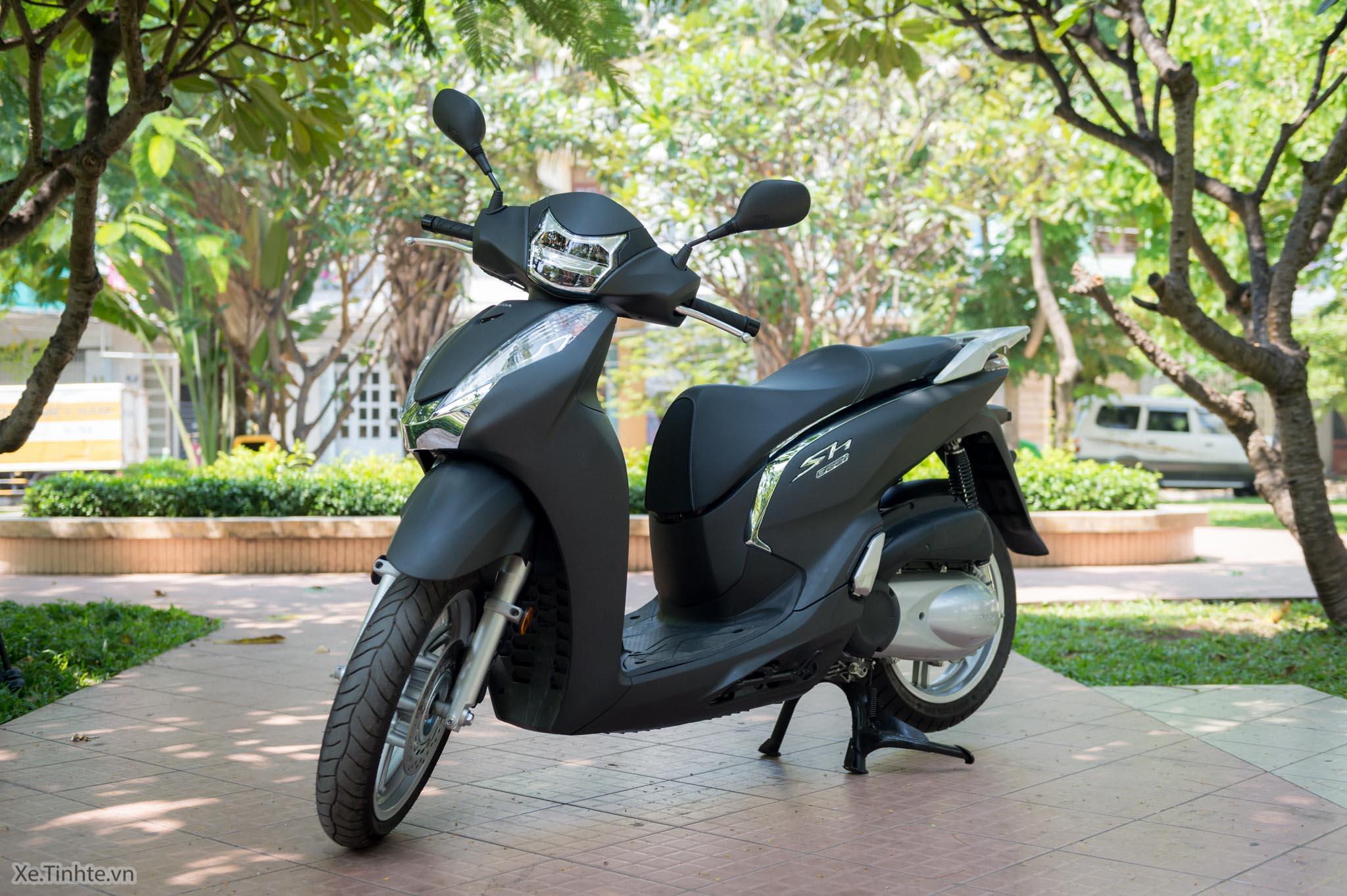 Xe.Tinhte.vn-Honda-SH300i-Italy-42.jpg