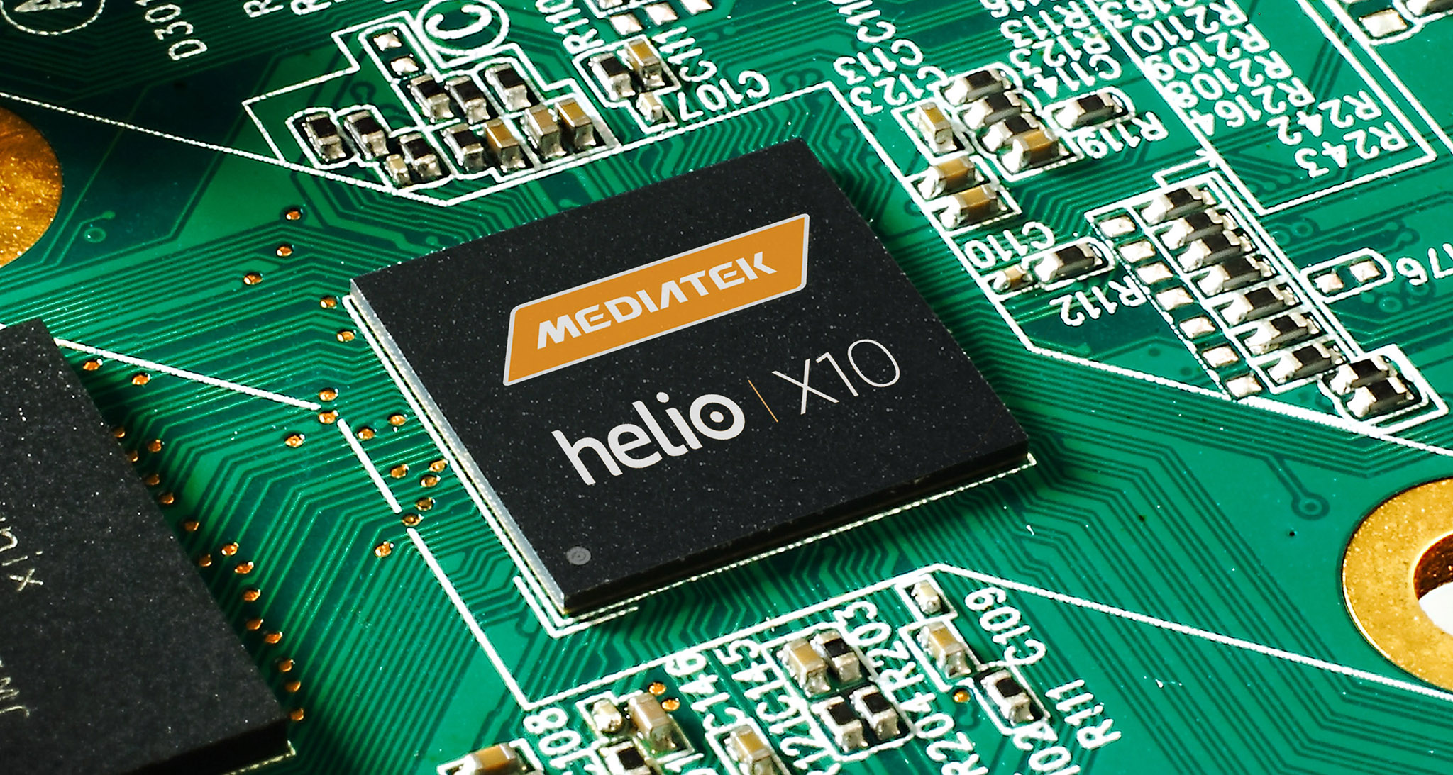 MediaTek-Helio-X10-chip.jpg