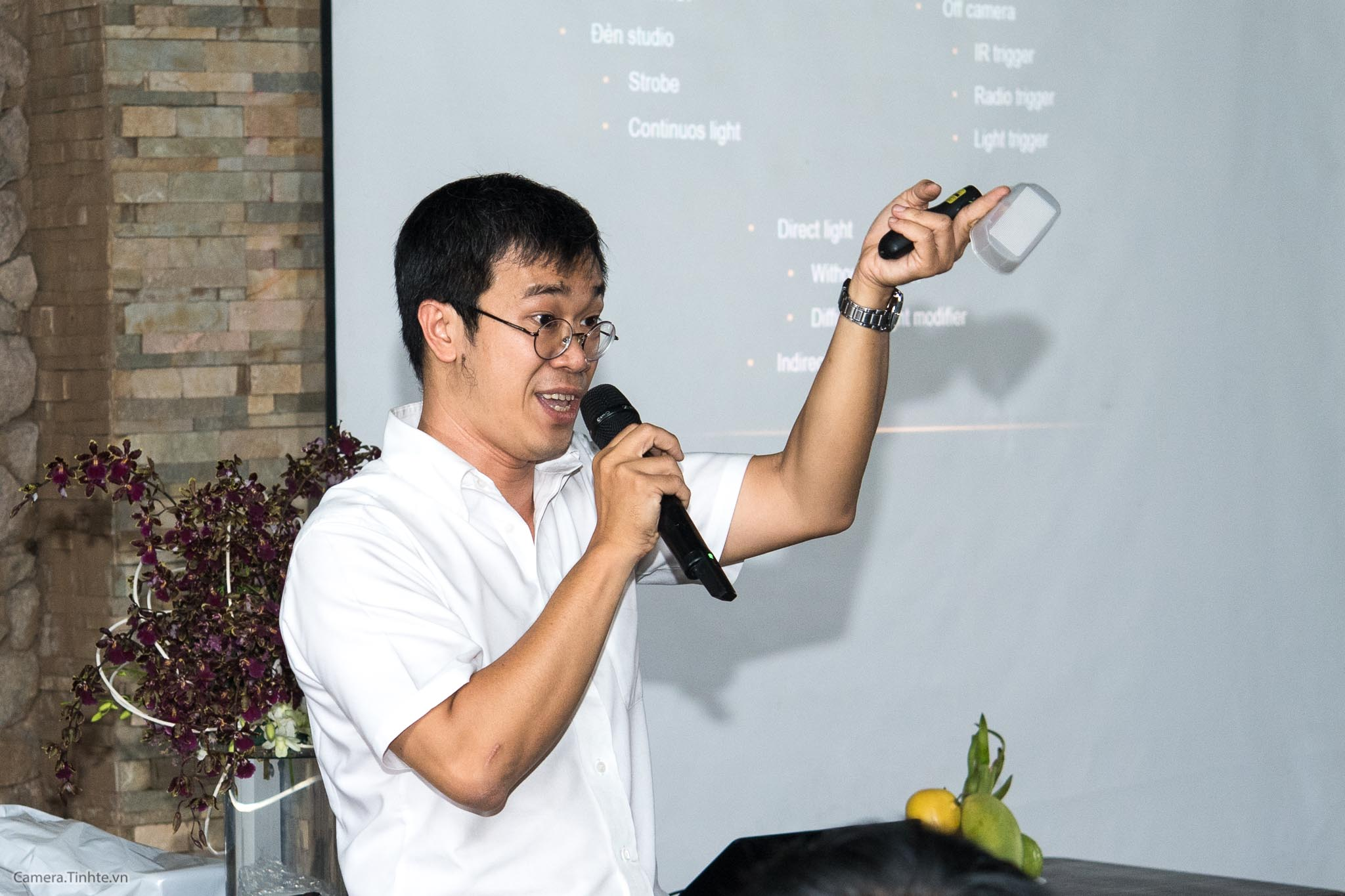 NACB 3 - Flash 2 - Camera.tinhte.vn-8.jpg