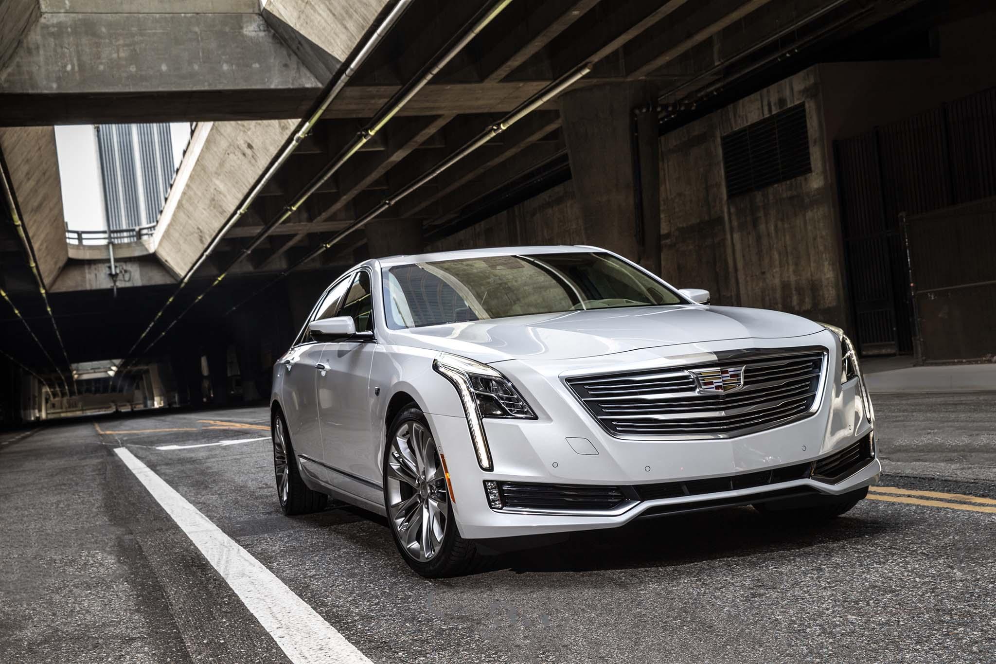 Cadillac CT6 2017 (3).jpg