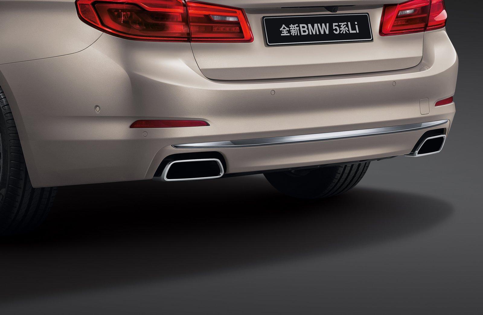 BMW-5-Series-LWB-7.jpg