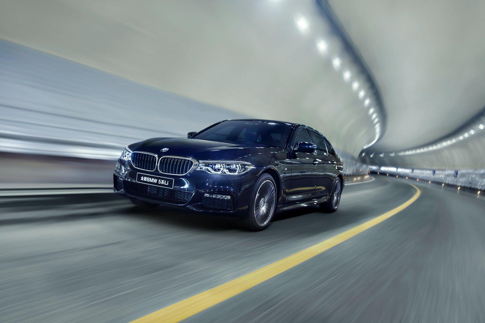 BMW-5-Series-LWB-16.jpg