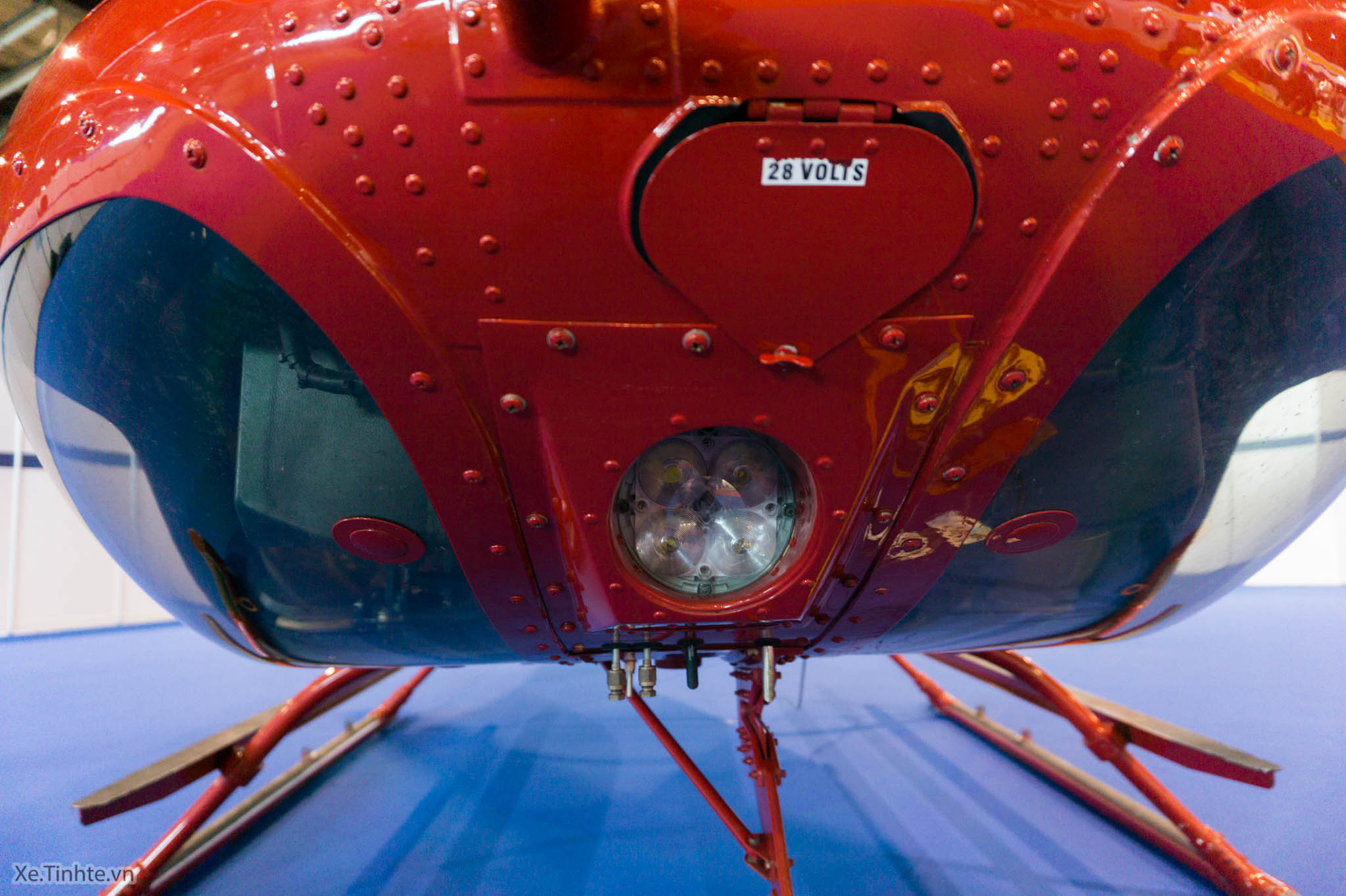 tinhte.bell407gx.helicopter-4.jpg