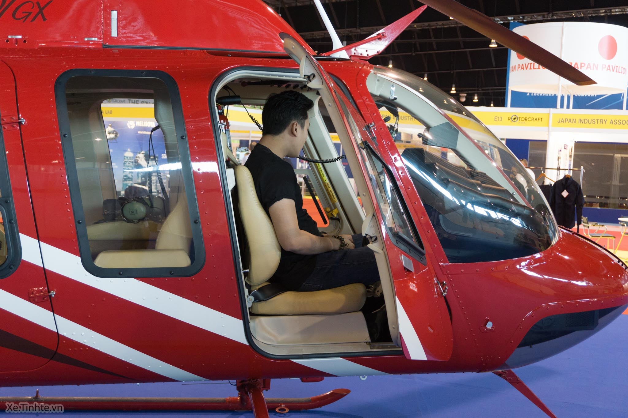 tinhte.bell407gx.helicopter-34.jpg