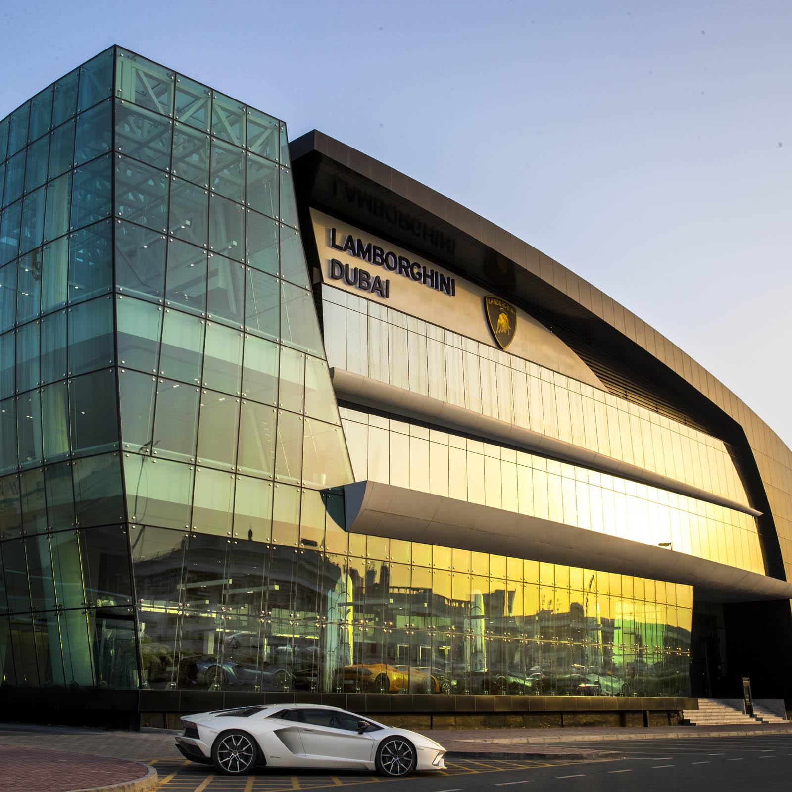 Lamborghini-Dubai-4.jpg